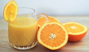 fresh-orange-juice-529486301-5828e1903df78c6f6abe5c9a